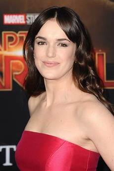 Malvorlagen Elizabeth Elizabeth Henstridge Attends The Captain Marvel Premiere