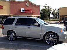 automobile air conditioning repair 2005 lincoln navigator user handbook find used 2005 lincoln navigator base sport utility 4 door 5 4l w 26 quot chrome wheels in lehigh