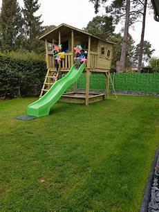 Das Stelzenhaus Tom Ist Ein Spielhaus Auf Stelzen