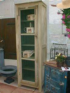 meuble garde manger bois meuble fabrique a partir d une vieille fenetre par brigitte pour photo de les meubles
