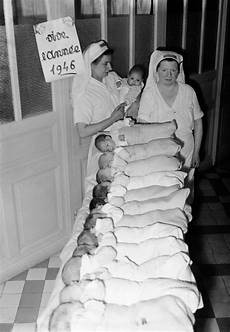 These Historical Photos Communicate How The Baby Boom Was