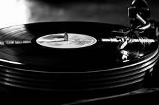 acheter platine vinyle craquez pour une platine vinyle gentleman moderne