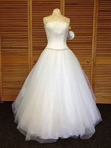 donating wedding gowns 17 best images about dress donation drive bridal prom