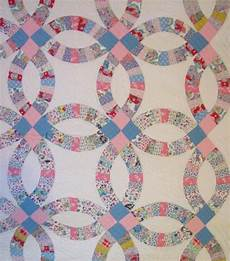 double wedding ring quilt love this pattern food wedding ring quilt double wedding rings