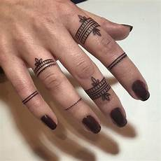 finger tattoos small ink small tattoos