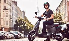bosch e roller gogoro launches electric scooter in berlin teams
