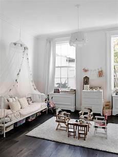 Maison Renovee New York Chambre Enfant Toute Blanche