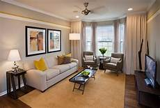 Wohnzimmer In Grau - best 15 gray and yellow living room design ideas https
