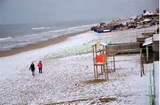 Cing Pino Mare - foto la neve sulla spiaggia di torvaianica 1 di 12