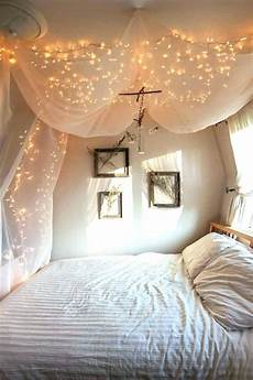 Aesthetic Bedroom Ideas Lights by Aesthetic Bedroom Lights Hanging In Cool