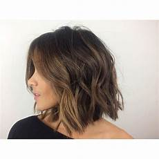 casual messy versatile bob cut hairstyle style haircut