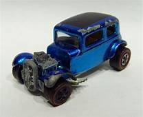 Hot Wheels•Authentic•Vintage•Original•1968•Classic 32