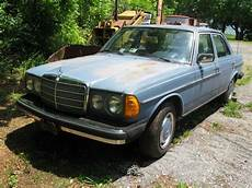 how to work on cars 1977 mercedes benz w123 transmission control 1977 mercedes benz 300d engine not running includes an extra engine classic mercedes benz