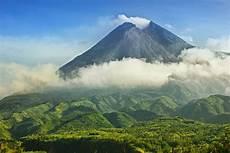 Gunung Api Indonesia Ada Di Daftar Yang Dipantau Ilmuwan
