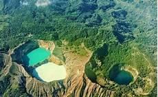 Pesona Danau Tiga Warna Di Gunung Kelimutu Flores