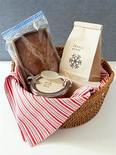 Home Decor Gift Basket Ideas by How To Make A Breakfast Gift Basket Diy Home Decor And
