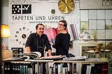 Tapeten Und Uhren Dresden - tapeten und uhren local heroes und aimo aus dresden