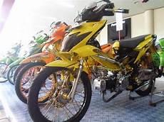Warna Velg Motor Keren by Cah Gagah Modifikasi Motor Honda Blade Velg Jari