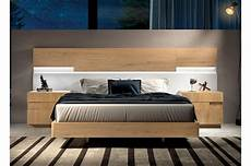 lit design en bois 160x200 avec chevets t 234 te de lit 224