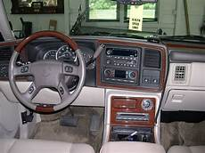 small engine service manuals 2004 cadillac escalade ext head up display 2004 cadillac escalade ext base crew cab pickup 6 0l v8 awd auto 5 2 ft bed
