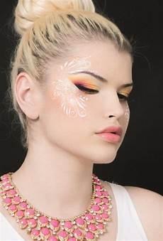ausbildungen zum visagist make up artist in stage schule
