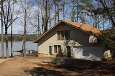 waterfront vacation rentals for rent on pickwick lake pickwick cabin rentals 731 689 0400