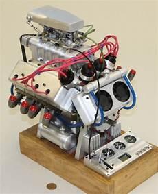 V8 Motor Bausatz Benzin - v 8 and v 12 engines in miniature