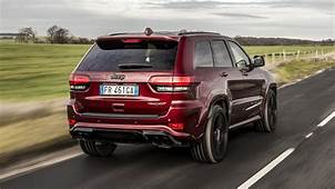 Jeep Trackhawk Review Hellcat Engined Grand Cherokee Hits