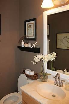 Bathroom Ideas Brown Vanity by Best 25 Brown Bathroom Decor Ideas On Brown