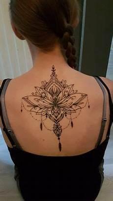 Frauen Rücken - ideen f 252 r frauen tattoos auf der brust frauen