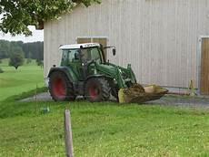 traktor gebraucht mit frontlader ein fendt traktor mit frontlader in ottacker am 14 08 09