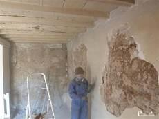 murs humides maison ancienne traitement humidite mur