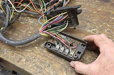 ask away with jeff smith clean or replace corroded fuse