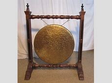 A Large Arts And Crafts Oak & Brass Dinner Gong   Antiques