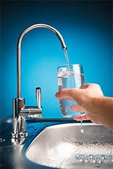 wasserqualit 228 t reines trinkwasser aus der leitung kern