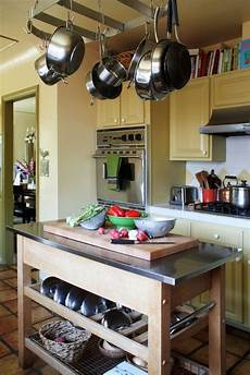 10 modern kitchens that any home chef would 10 chef home kitchens we d to cook in kitchn