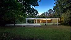 mies der rohe s farnsworth house faces an uncertain