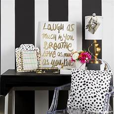 White And Gold Home Decor Ideas by Black And Gold Is The Trend In Home Decor Are You