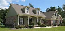 traditional plan 2 500 square feet 4 bedrooms 3 bathrooms 348 00058