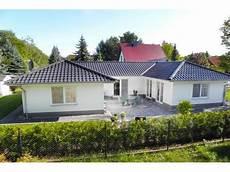 Winkelbungalow Mit Garage Bauen by Bungalow 3 125 U Einfamilienhaus Elbe Haus