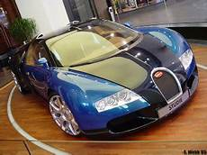 Bugatti Veyron Length by Top 10 Expensive Thing S No 1 Fastest Car In The World