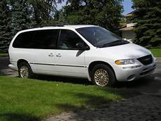 1998 chrysler town and country information and photos