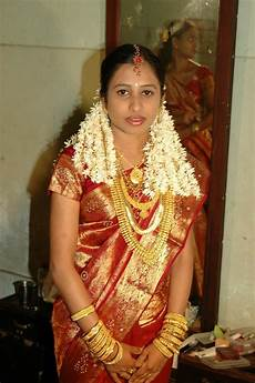 kerala bride in simple traditional kerala bride beautiful saree kerala bride beauty women