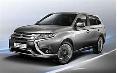 mitsubishi outlander hybride rechargeable nouvel outlander phev la voiture mitsubishi hybride