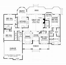 dreamhomesource com house plans traditional style house plan 4 beds 3 baths 2531 sq ft