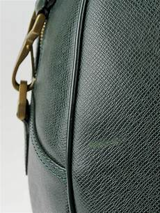 louis vuitton green taiga leather louis vuitton epicea green taiga leather kendall gm