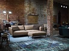 wohnzimmer gemütlich modern rustic living room design exposed brick wall rolf