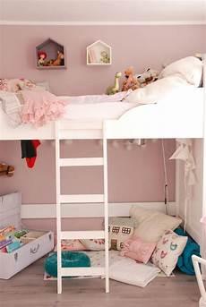 hochbetten für kleine zimmer kinderbett hochbett ein traum f 252 r m 228 dchen