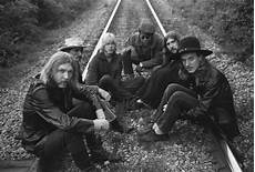 almond brothers band allman brothers at fillmore east expanded to six disc box set rolling