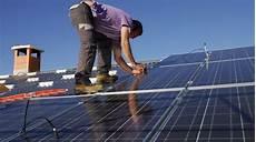 Arnaque Aux Panneaux Solaires Des Responsables
